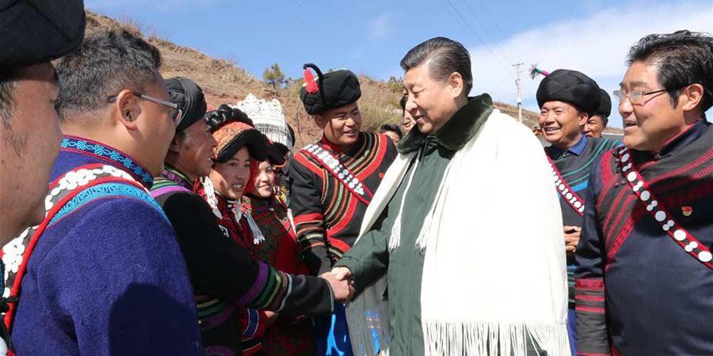 """Xi promete """"exorcizar o mal da pobreza"""""""