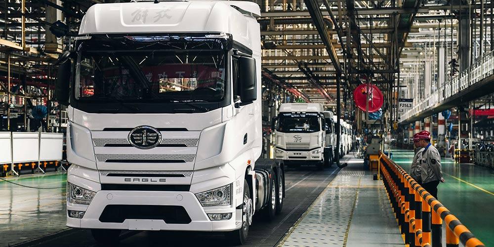 Caminhão Jiefang J7 entra em fase de produção em larga escala