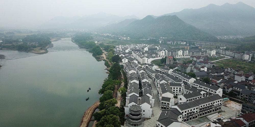 Ambiente de vida rural melhora substancialmente em Zhejiang, leste da China