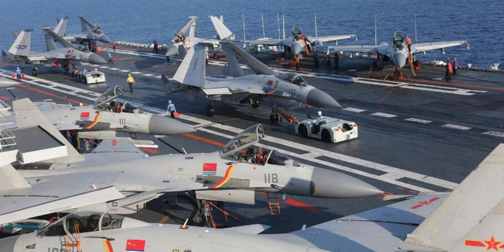 Formação chinesa de porta-aviões realiza exercícios no Mar do Leste da China