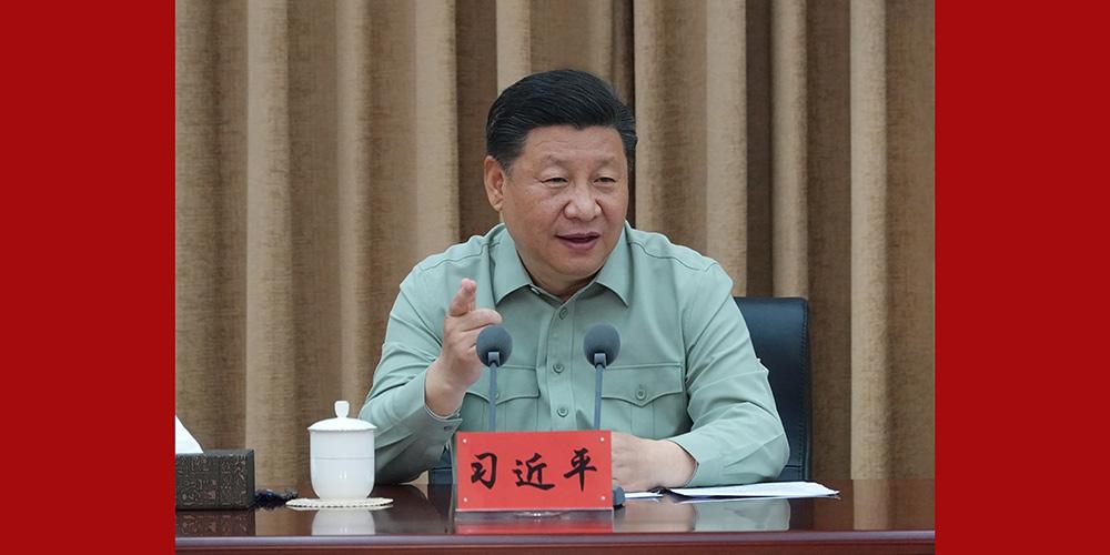 Xi pede por instituições de pesquisa de alto nível para um exército forte