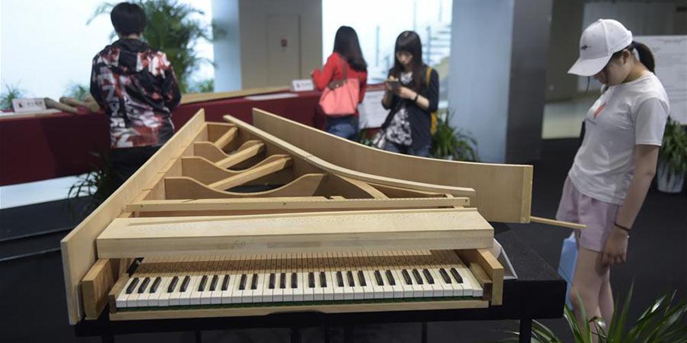 """Exposição """"Experiência de piano italiano: música, história e inovação"""" é realizada em Beijing"""