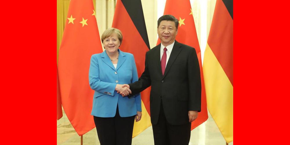 Xi se reúne com Merkel e pede por laços China-Alemanha de nível mais alto