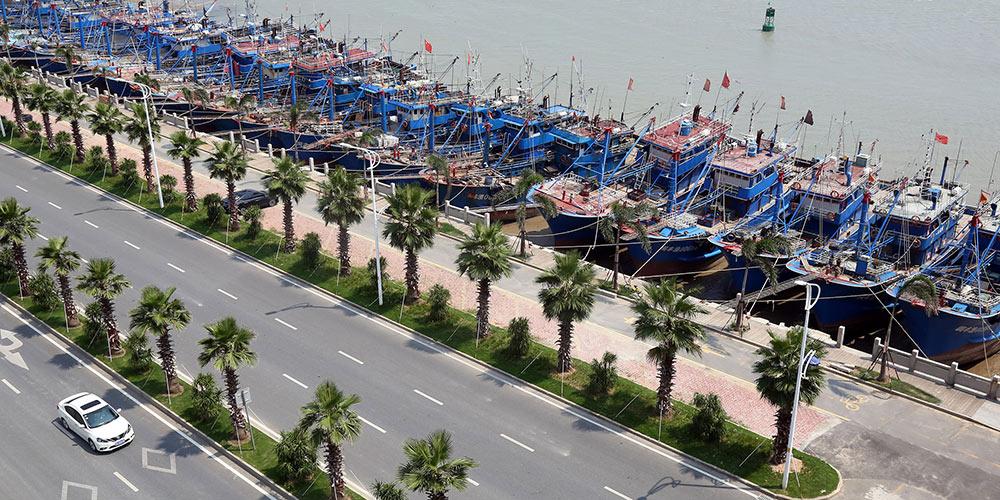 Províncias costeiras da China preparam-se para aproximação do tufão Maria