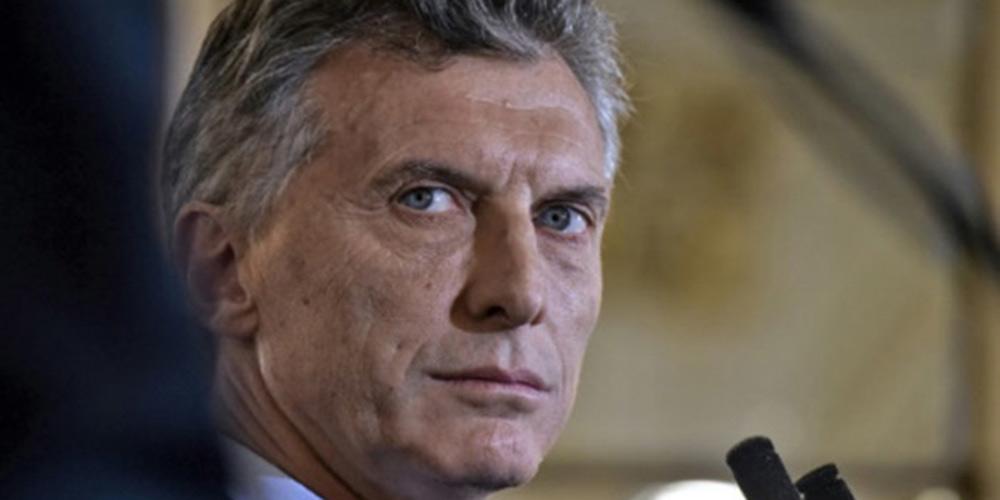 Presidente argentino reconhece dificuldades econômicas, mas está confiante