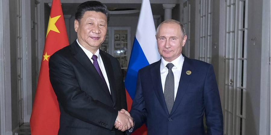 Xi e Putin trocam opiniões sobre atual situação internacional