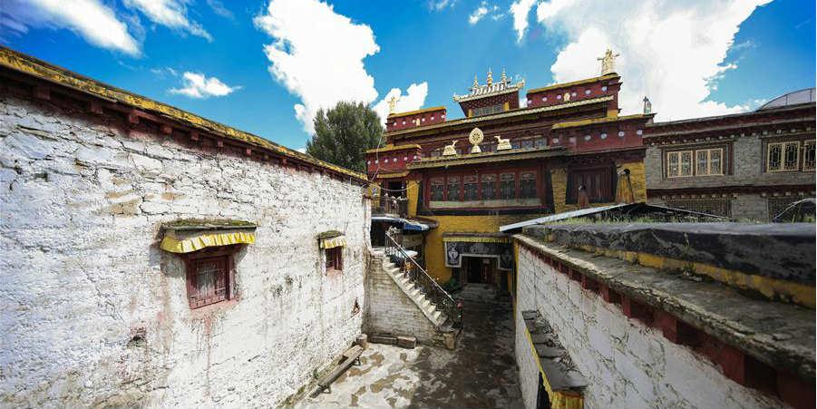 Distrito de Litang em Sichuan adquire nova aparência após reforma na antiga área e restauração de edifícios históricos