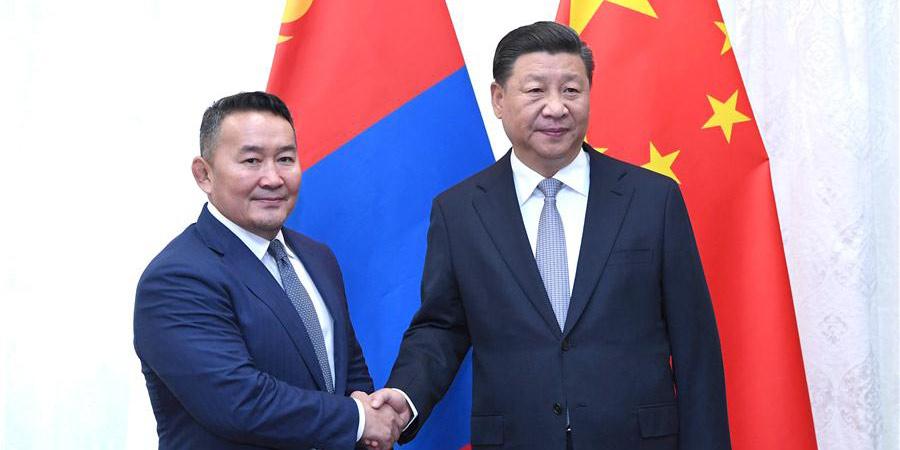 Presidente chinês conversa com homólogo da Mongólia sobre laços bilaterais