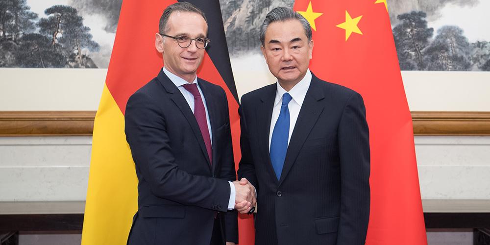 China e Alemanha prometem fortalecer cooperação estratégica abrangente