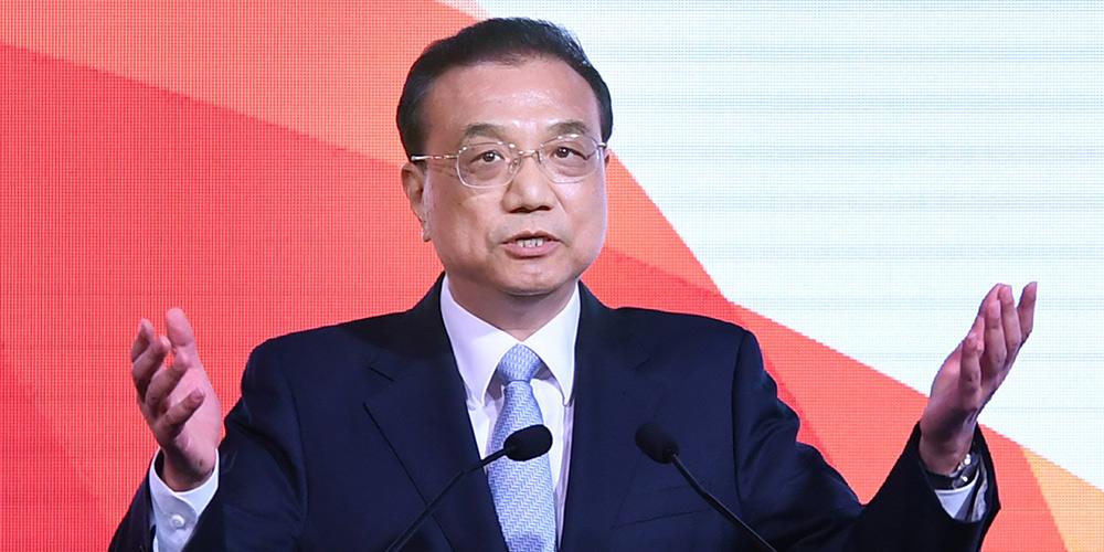 Premiê chinês pede fortalecimento da cooperação econômica China-Cingapura