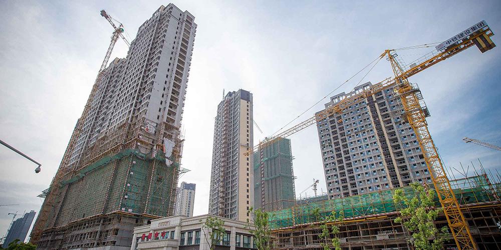 Investimento em ativos fixos da China aumenta 5,7% nos primeiros 10 meses