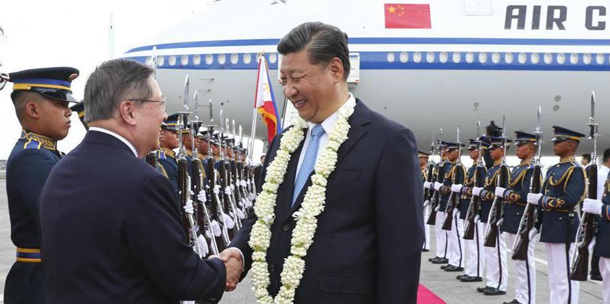 Xi chega às Filipinas para visita de Estado