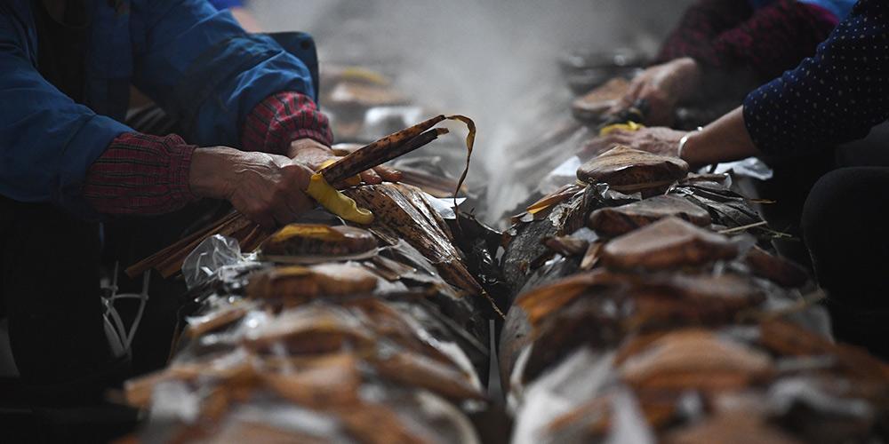 Galeria: Produção de vinho de arroz tradicional em Zhejiang, leste da China