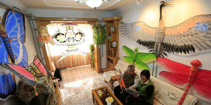 Artesão de Hebei e sua esposa confeccionam pipas por mais de 20 anos