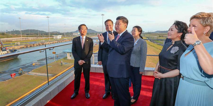 Presidente chinês visita nova eclusa do Canal do Panamá