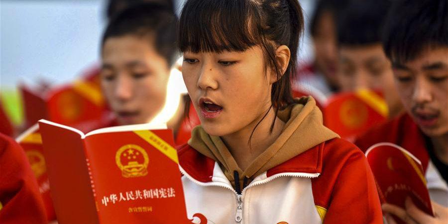 China celebra 5º Dia da Constituição
