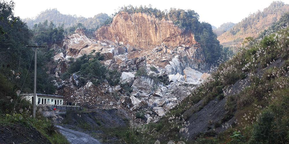 Missão de resgate é enviada para região atingida por terremoro no sudoeste da China