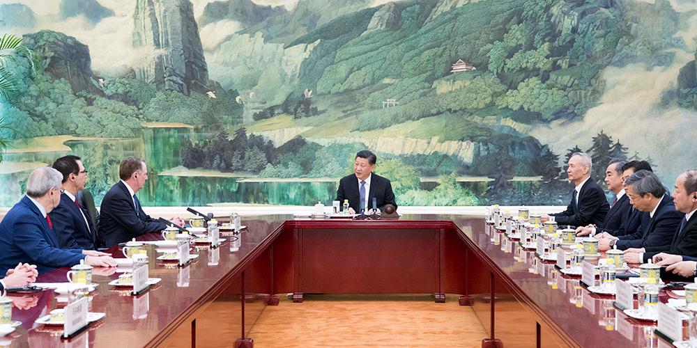 Presidente chinês se reúne com representante comercial e secretário do Tesouro dos EUA
