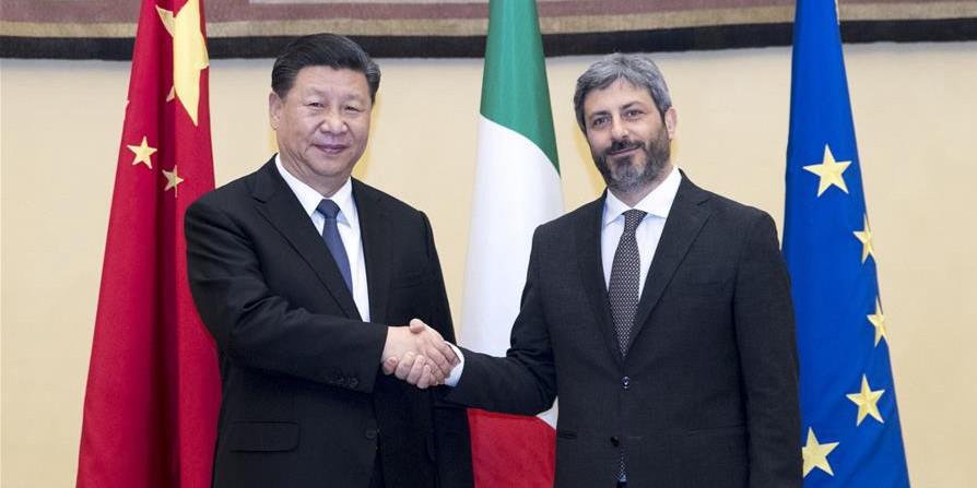 Xi se reúne com presidente da Câmara dos Deputados da Itália