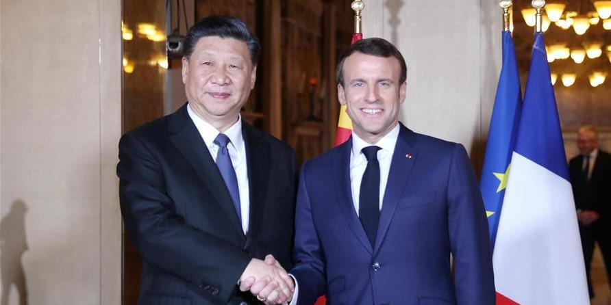 Xi reúne-se com Macron sobre manutenção de relações saudáveis China-França