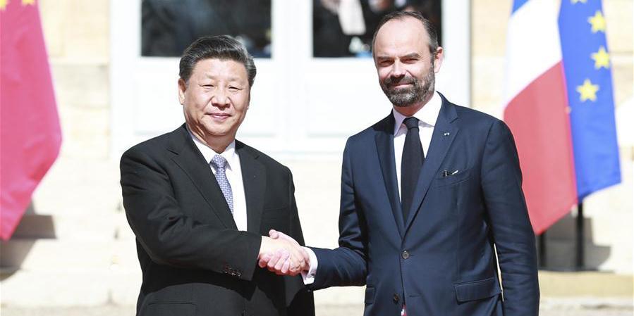 Xi reúne-se com premiê francês sobre promoção de relações China-França