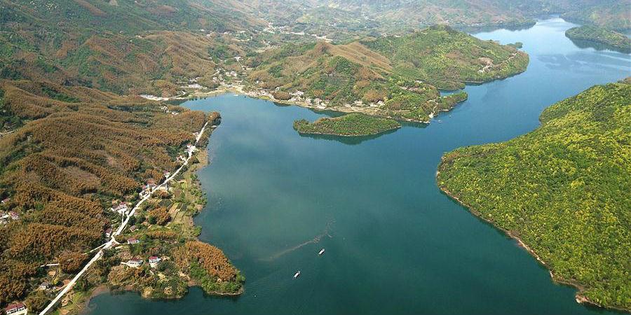 Belas paisagens do distrito de Huoshan em Anhui ajudam no desenvolvimento de seu turismo rural