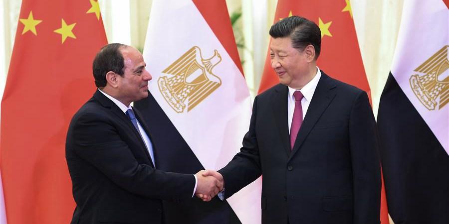 (Cinturão e Rota) Xi reúne-se com presidente egípcio