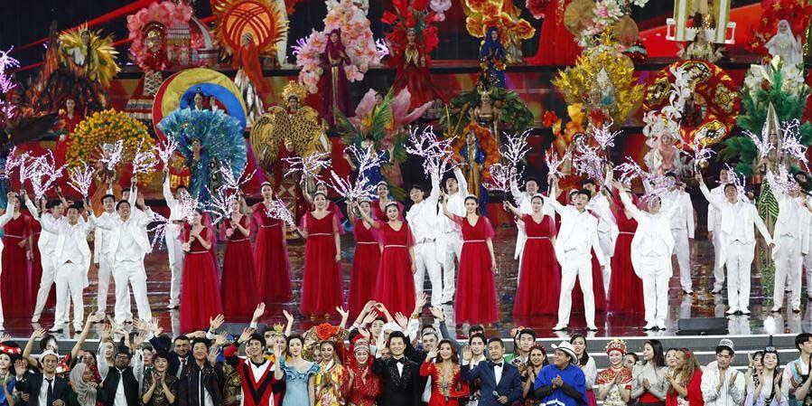 Carnaval de cultura asiática realizado durante Conferência Sobre Diálogo de Civilizações Asiáticas em Beijing