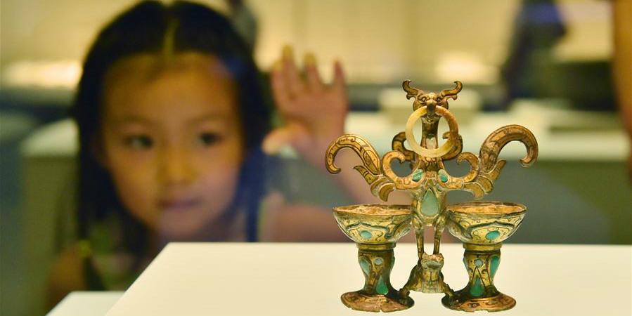Pessoas visitam museus em China no Dia Internacional dos Museus