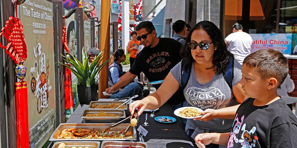 Culinária chinesa conquista o paladar de Los Angeles