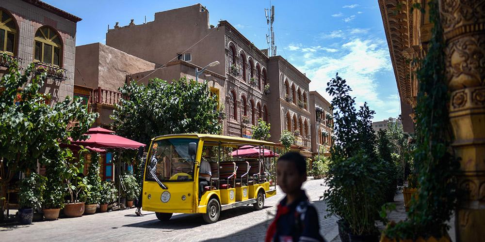Kashgar, antiga cidade de Xinjiang, está preparada para alta temporada de turismo