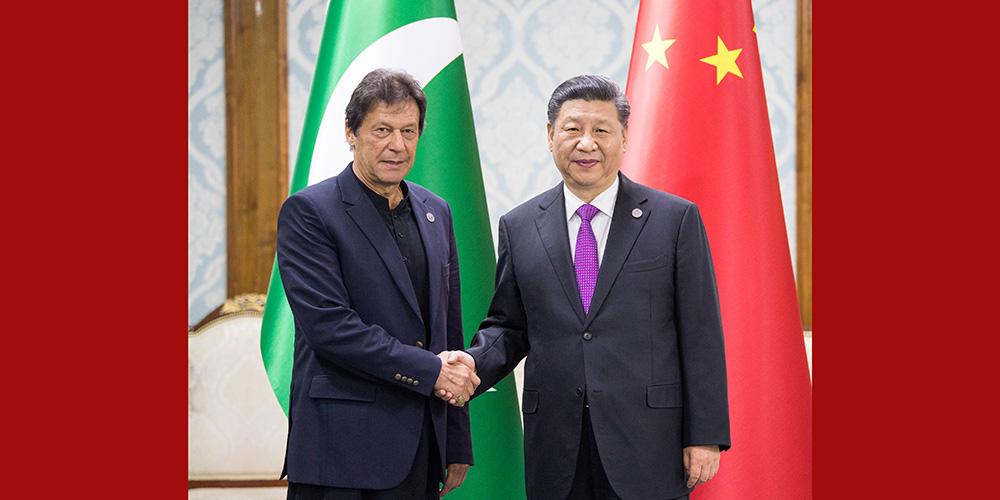 Xi pede comunidade mais próxima com futuro compartilhado entre China e Paquistão