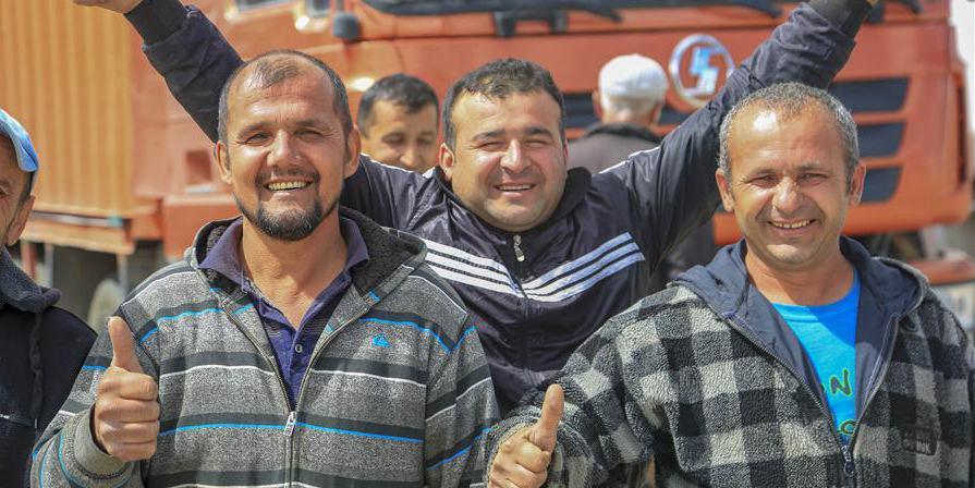 Comércio entre Xinjiang, Quirguistão e Tadjiquistão continua a se desenvolver