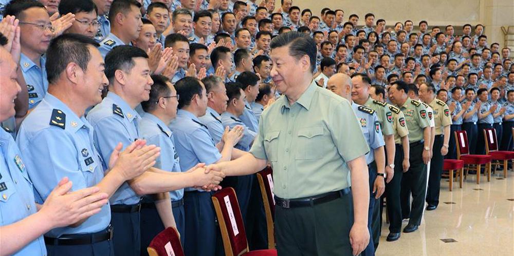 Xi reúne-se com delegados do Congresso do Partido da Força Aérea do Exército de Libertação Popular
