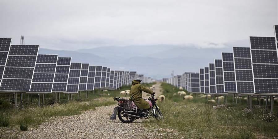 Província do planalto da China estabelece novo recorde de sobrevivência apenas com energia limpa