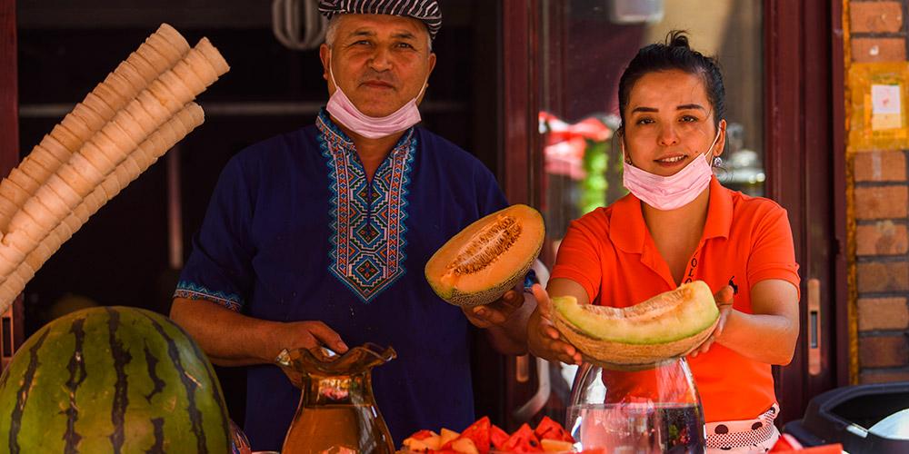 Turismo se destaca em desenvolvimento econômico de Xinjiang, noroeste da China