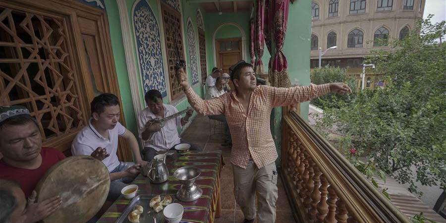 Antiga cidade de Kashgar recebe mais de 310.000 turistas no primeiro semestre de 2019