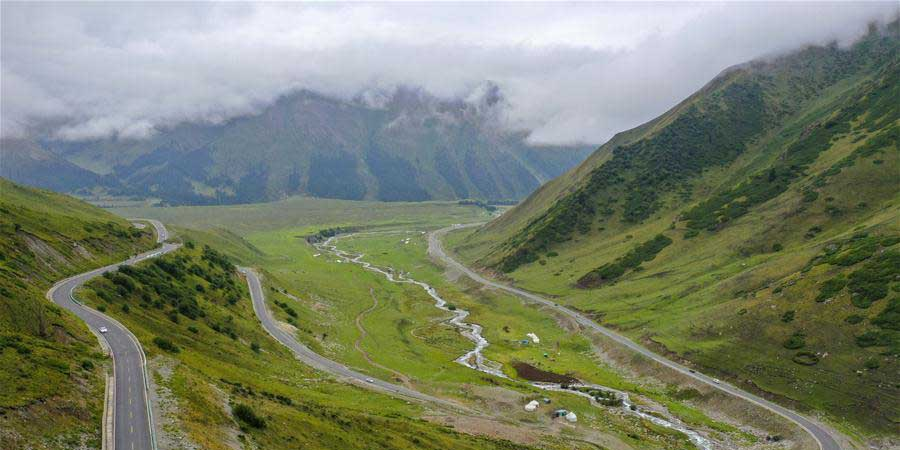 Galeria: rodovia Dushanzi-Kuqa na Região Autônoma Uigur de Xinjiang