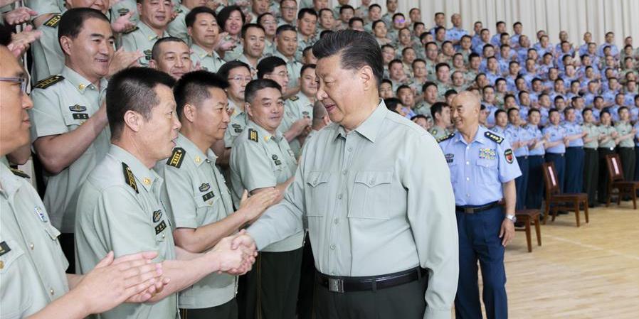 Xi pede à força aérea da China que melhore sua capacidade de vencer