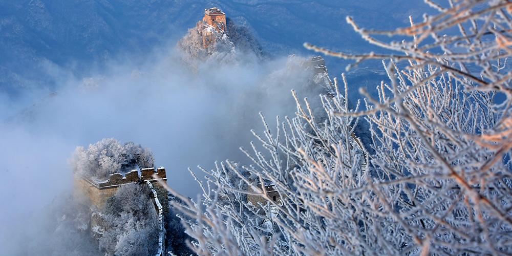 Paisagem de neve da Grande Muralha Jiankou no distrito de Huairou em Beijing