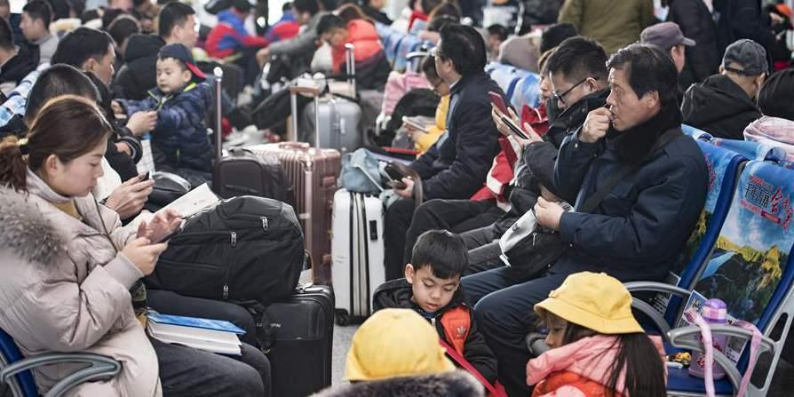 Estação Ferroviária Norte de Xi'an entra na alta temporada de viagens durante a Festa da Primavera