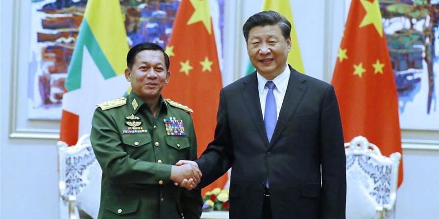 Xi reúne-se com comandante em chefe dos Serviços de Defesa de Mianmar