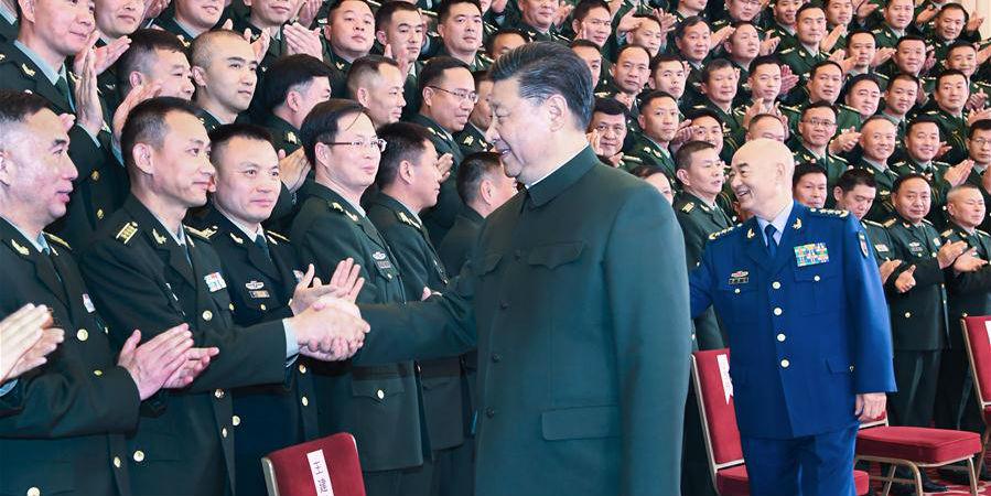 Xi inspeciona tropas estacionadas em Yunnan