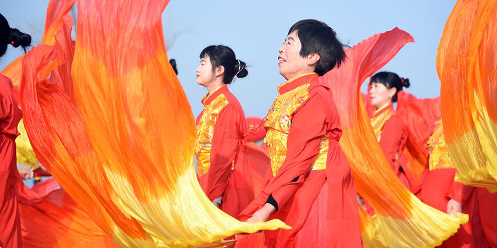 Realizada gala de ano novo na comunidade Hongniya em Shandong