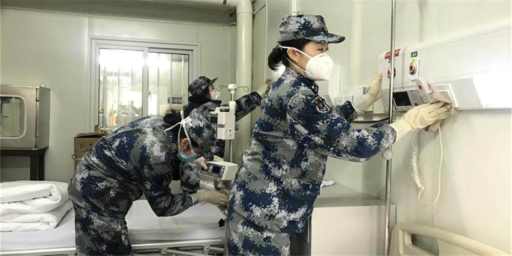 Equipe médica realiza preparativos finais para o Hospital Huoshenshan