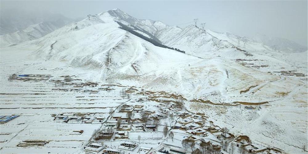 Paisagem de neve em Gansu, noroeste da China