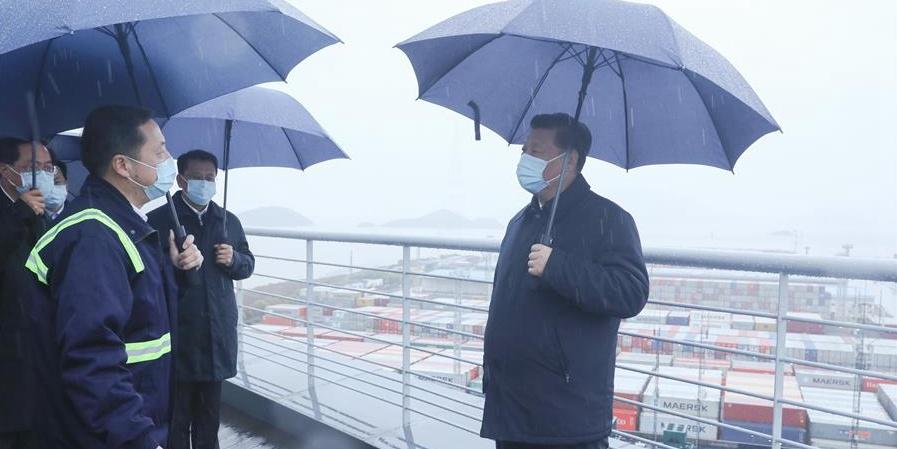 Xi inspeciona retomada do trabalho em Zhejiang