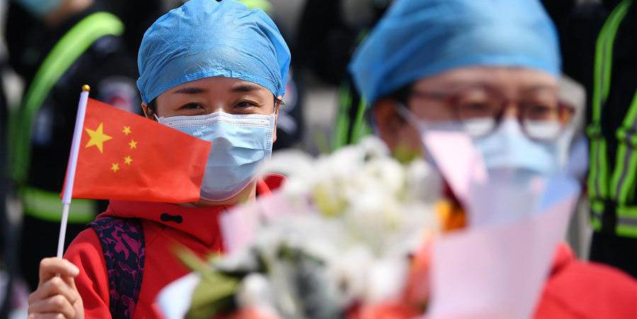 Equipe médica retorna a Shaanxi após ajudar na luta contra o COVID-19 em Hubei