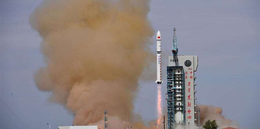 China envia dois satélites para órbita planejada