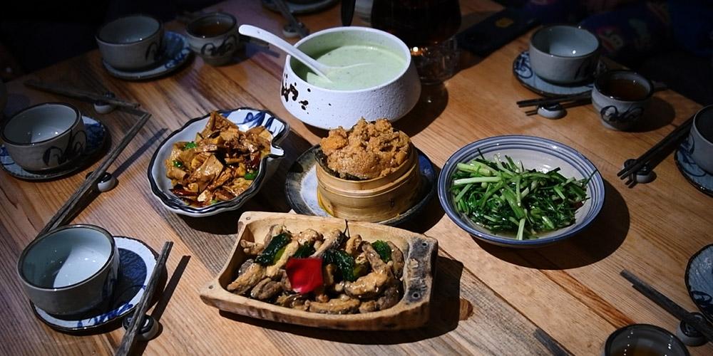 Fotos: pratos deliciosos de restaurante vegetariano em Kunming